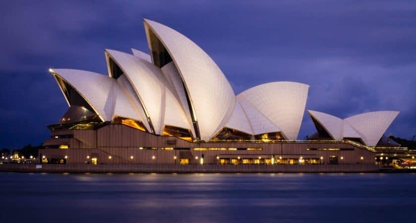 Who Designed Sydney Opera House?